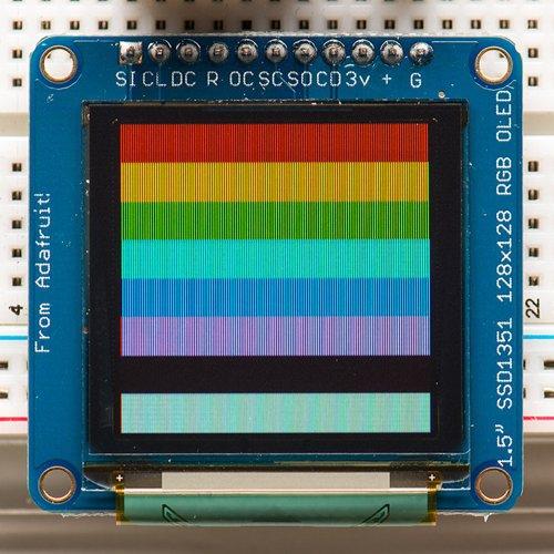 1.5インチ 16ビット色のOLEDディスプレイ(microSDスロット付き)