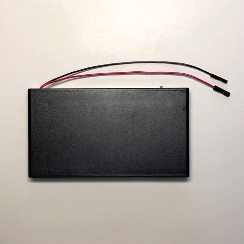 8 AA BatteryBox with QI cables