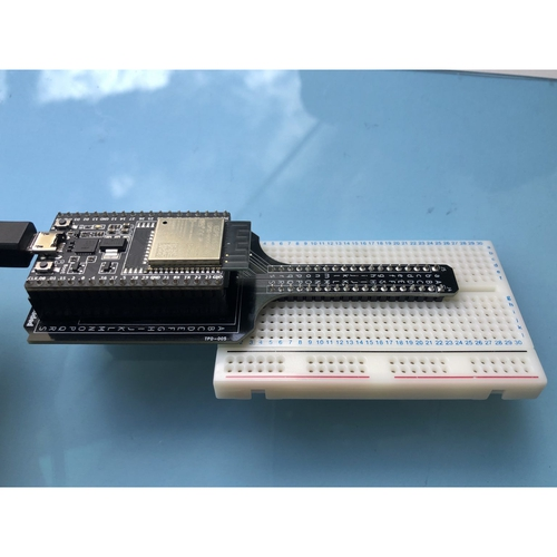 ESP32用ブレッドボード変換基板