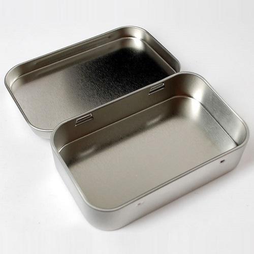 ALTOIDSミントサイズ缶